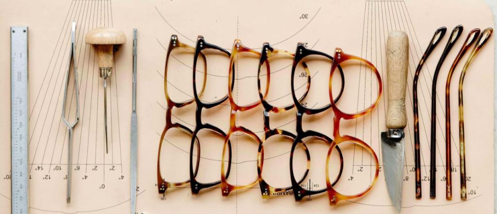 Gafas. Gafas en Fratelli Óptica. Óptica en Chamartín. Óptica en Madrid. Oliver Peoples. Hollywood, Acetato.